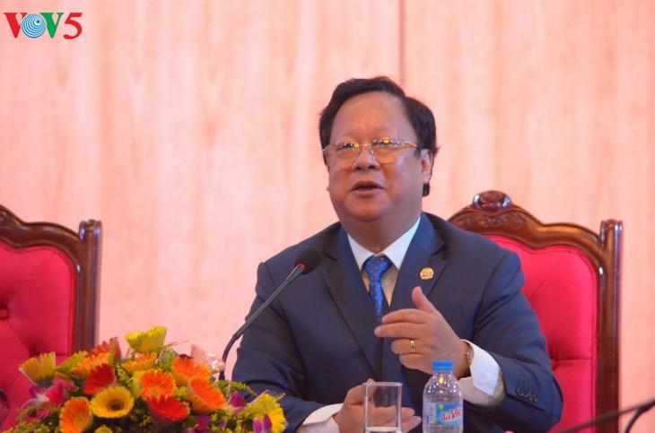 越友联和中国全国友协的越中友好人士会晤 - ảnh 11