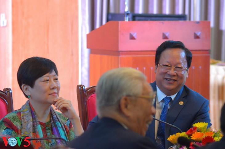 越友联和中国全国友协的越中友好人士会晤 - ảnh 9