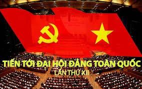 国会代表向越共十二大文件草案提供意见 - ảnh 1