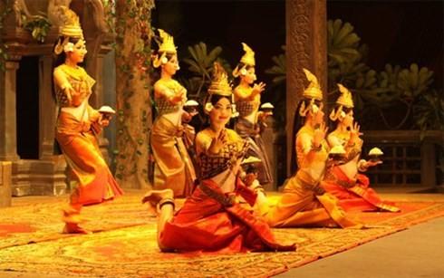 越南柬埔寨文化周开幕 - ảnh 1