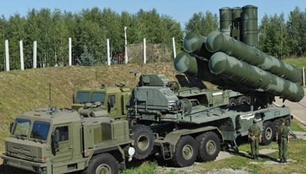 俄罗斯在叙利亚部署S-400防空导弹系统 - ảnh 1