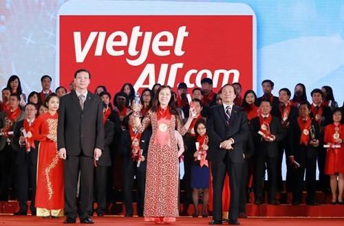 """越捷私人航空公司荣获越南""""最受欢迎航空公司""""称号 - ảnh 1"""