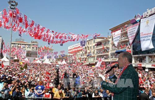 土耳其修宪公投境内投票开始 - ảnh 1