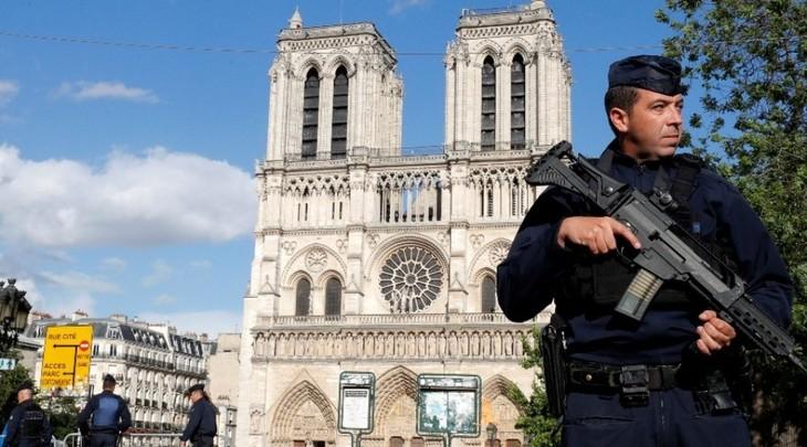 法国担心恐怖袭击威胁增加 - ảnh 1
