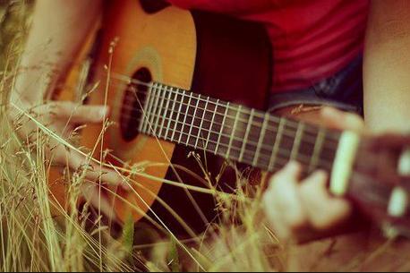 一些著名吉他艺术家独奏与合奏的佳作 - ảnh 1