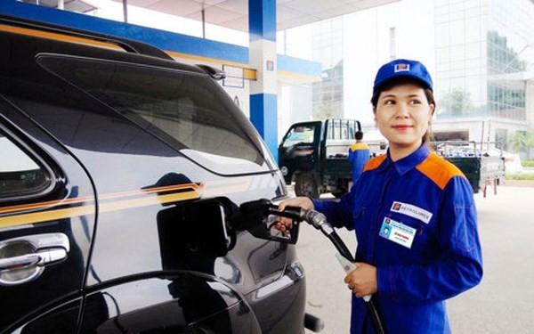 越南工贸部和财政部调整汽油价格 - ảnh 1