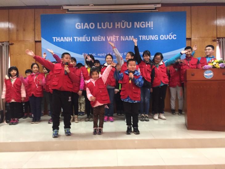 中国小记者代表团访越传承越中友谊 - ảnh 1