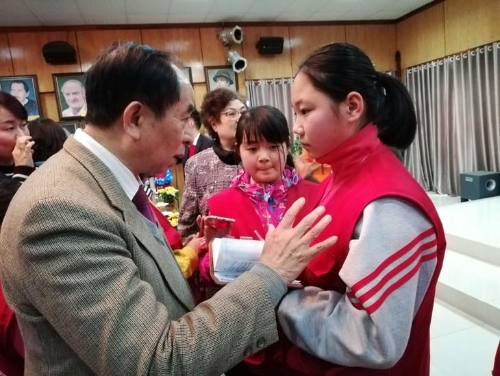 中国小记者代表团访越传承越中友谊 - ảnh 3