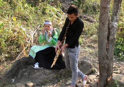 春天到西北地区听赫蒙族芦笙的故事 - ảnh 1