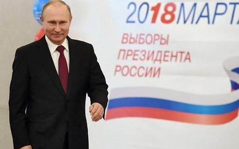 普京赢得俄罗斯总统大选当选连任 - ảnh 1