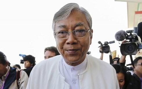 缅甸总统吴廷觉和联邦议会人民院议长吴温敏宣布辞职 - ảnh 1