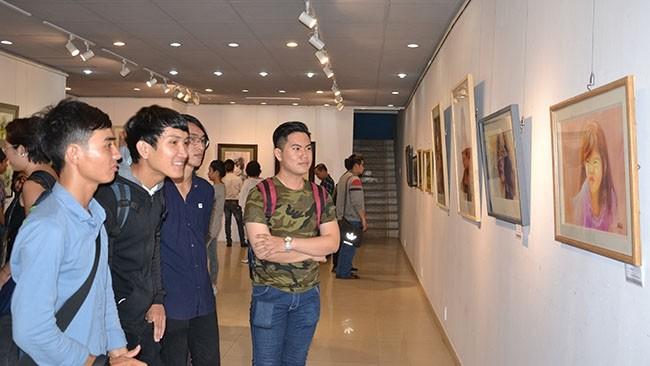 西贡国际水彩展举行 - ảnh 1