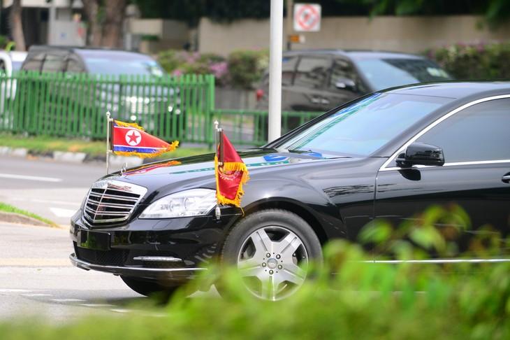 朝鲜领导人金正恩抵达新加坡 - ảnh 1