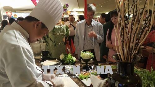 在泰国举行越南文化和美食推介活动 - ảnh 1