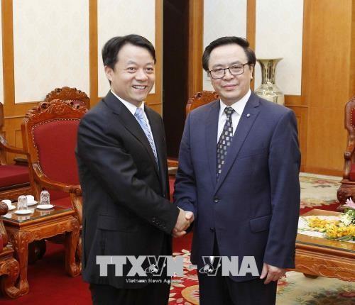 越共中央对外部部长黄平君会见中国共青团代表团 - ảnh 1