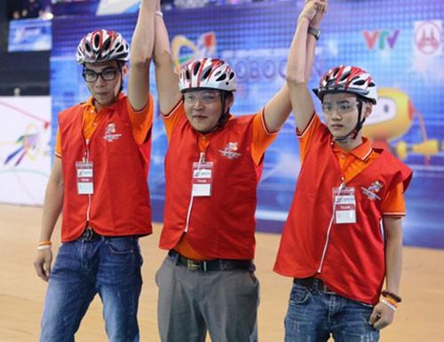 越南夺得2018年亚太大学生机器人大赛冠军 - ảnh 1