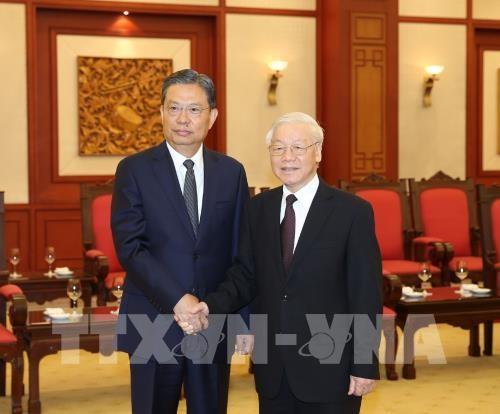 阮富仲会见中国共产党代表团和古巴高级代表团 - ảnh 1