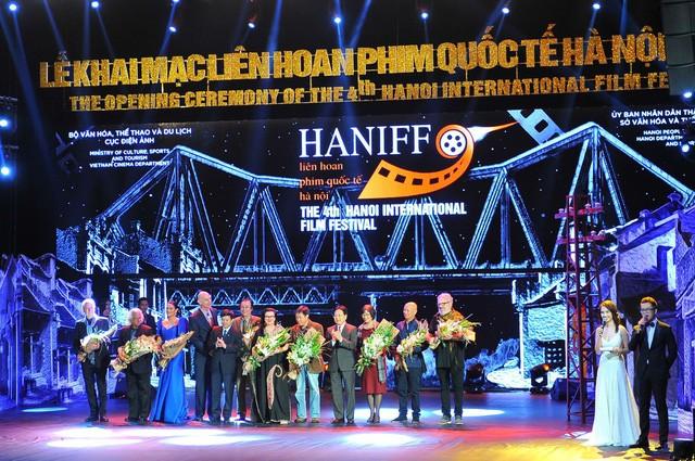 一年来越南突出的文化活动 - ảnh 2