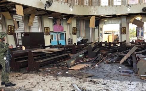 越南领导人就菲律宾发生连环恐怖爆炸事件致慰问电 - ảnh 1
