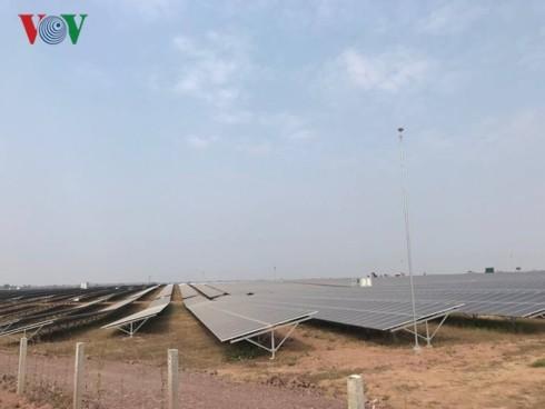张和平出席多乐省太阳能发电厂组合落成典礼 - ảnh 1