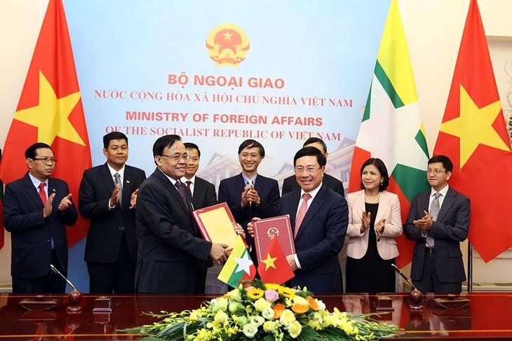 越南-缅甸力争把双边贸易额提升至10亿美元 - ảnh 1