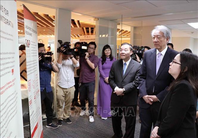 越南-新加坡合作中心开张典礼在河内举行 - ảnh 1