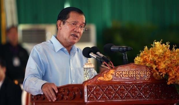 柬埔寨首相洪森谴责新加坡总理李显龙就越柬关系发表的言论 - ảnh 1