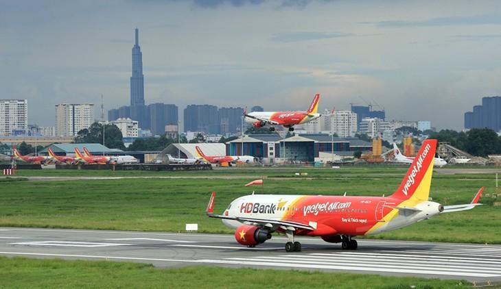 Vietjet首次向客户提供机票分期付款服务 - ảnh 1
