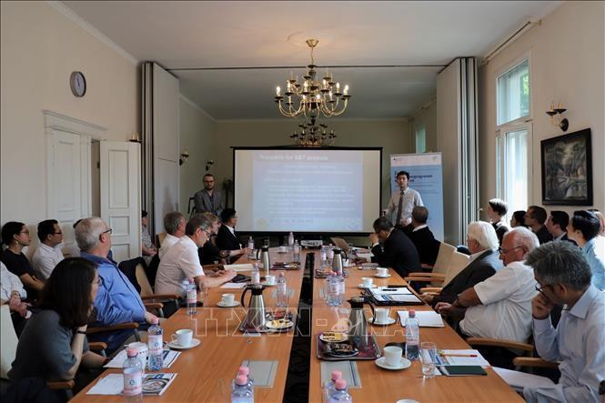中小企业革新创新项目推介研讨会在德国举行 - ảnh 1