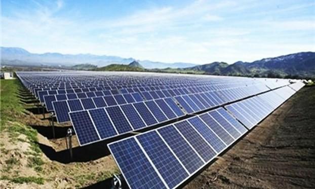 中部最大的太阳能发电站落成典礼在富安省举行 - ảnh 1