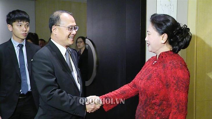 越南国会主席阮氏金银会见中国一些企业代表 - ảnh 1