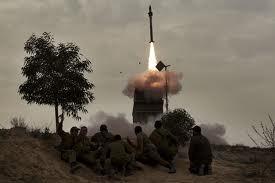 Israel dan faksi-faksi Palestina di Jalur Gaza terus melakukan serangan udara - ảnh 1