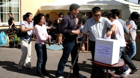 Diaspora Vietnam di Thailand memberikan bantuan kepada korban agent oranye di Vietnam - ảnh 1