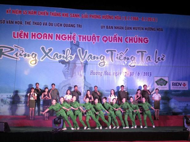 Banyak aktivitas peringatan ultah ke-45 kemenangan Khe Sanh, provinsi Quang Tri - ảnh 1