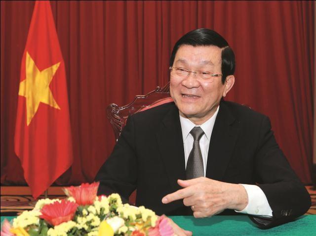Vietnam selalu mencatat bantuan yang diberikan para mantan staf ahli Uni-soviet - ảnh 1