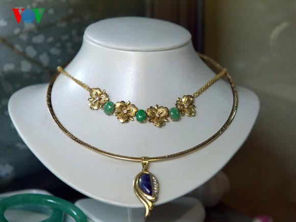 Kejuruan membuat barang perhiasan di jalan Hang Bac - ảnh 10