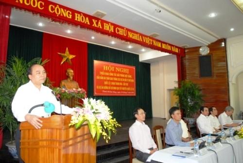 Deputi PM Vietnam, Nguyen Xuan Phuc melakukan kunjungan kerja di kota Da Nang - ảnh 1