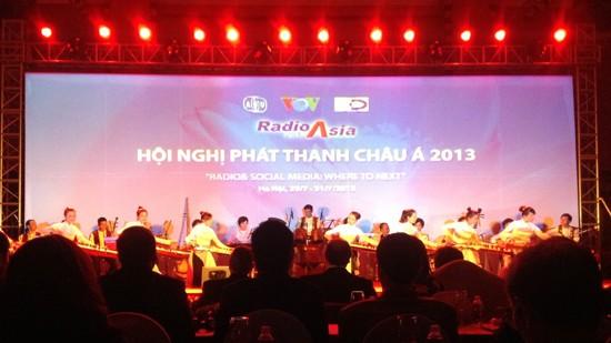 Pembukaan Konferensi Radio Asia 2013 - ảnh 1