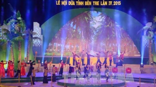Pembukaan Festival Kelapa ke-4 provinsi Ben Tre - ảnh 1