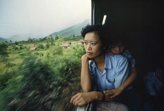 Fotografer. Wartawan Amerika Serikat, Catherine Karnow mengadakan pameran foto tentang Vietnam - ảnh 1