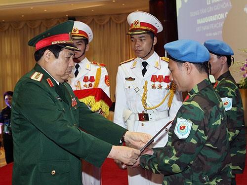 Penggelaran proyek Vietnam berpartisipasi pada aktivitas penjagaan perdamaian PBB - ảnh 1