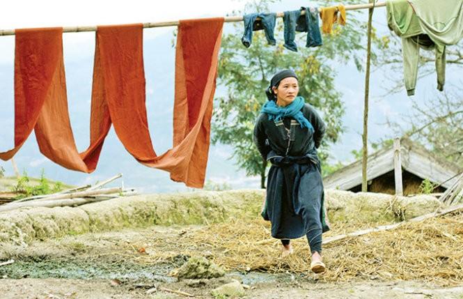 Musim tenun di dukuh Phung, provinsi Ha Giang - ảnh 4