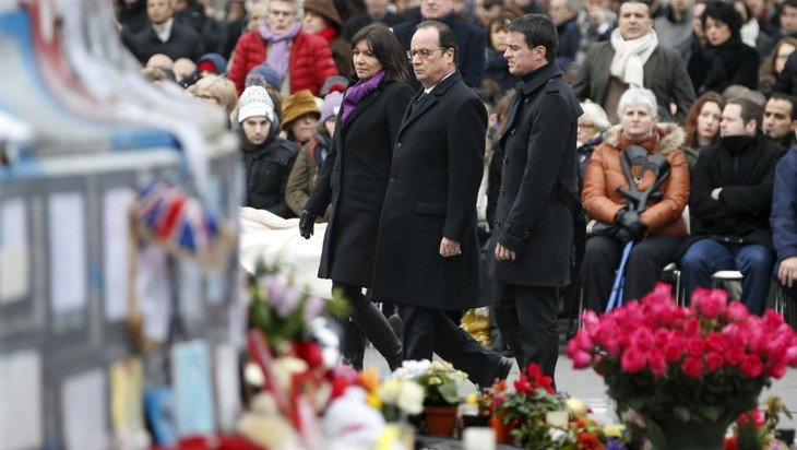 Aktivitas mengenangkan para korban serangan teror di Perancis terus dilakukan - ảnh 1