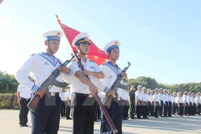 Kabupaten pulau Truong Sa mengadakan banyak aktivitas untuk menyambut Kongres Nasional ke-12 PKV - ảnh 1