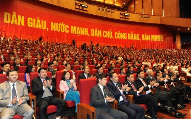 Kongres Nasional ke-12 PKV membahas banyak dokumen - ảnh 1