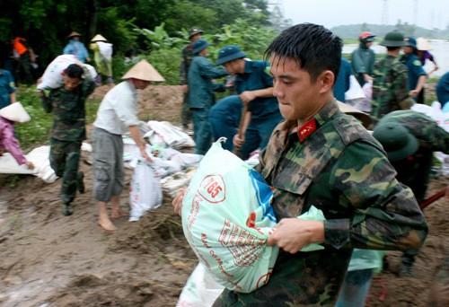 Les localités du Vietnam appelées à préparer l'arrivée du typhon Bebinca - ảnh 1