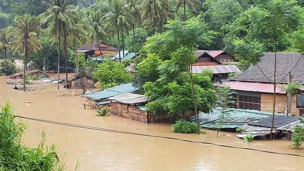 Vietnam: Inondations après le passage du typhon Bebinca - ảnh 3
