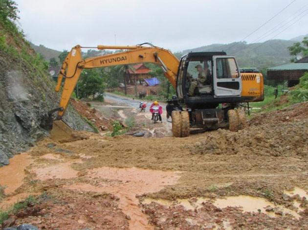 Vietnam: Inondations après le passage du typhon Bebinca - ảnh 1