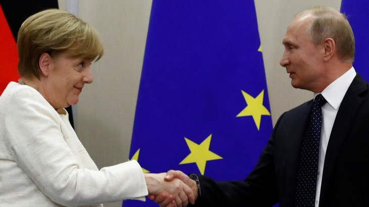 Merkel souhaite avoir de «bonnes relations avec la Russie» - ảnh 1