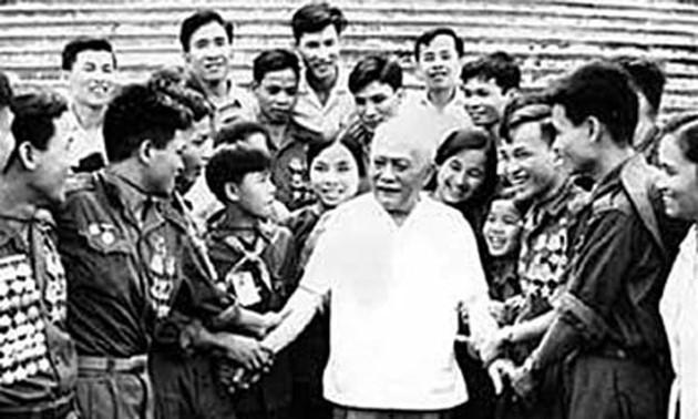 Le président Tôn Duc Thang, exemple moral de la révolution vietnamienne - ảnh 1